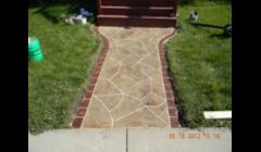 Concrete overlay - Random stone design with brick pattern sides