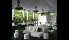 Transform your backyard  into the perfectly elegant  and stunning reception area