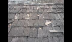 Wood Shake Roof requires maintenance