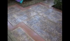 Stamped concrete with boarders
