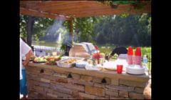 Outdoor kitchens and barbeques